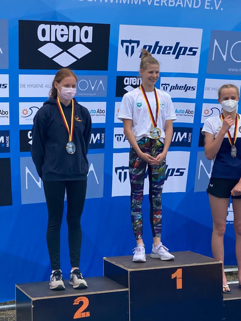 Julia Barth siegte ebenfalls über 2,5 km.